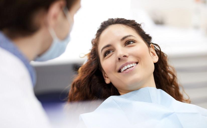 Uzupełnienia protetyczne – licówki stomatologiczne