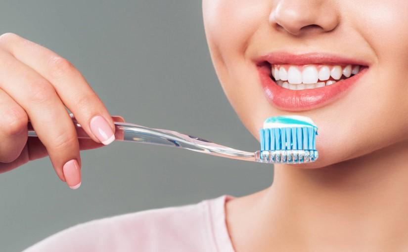 Czym się kierować kupując pastę do zębów?